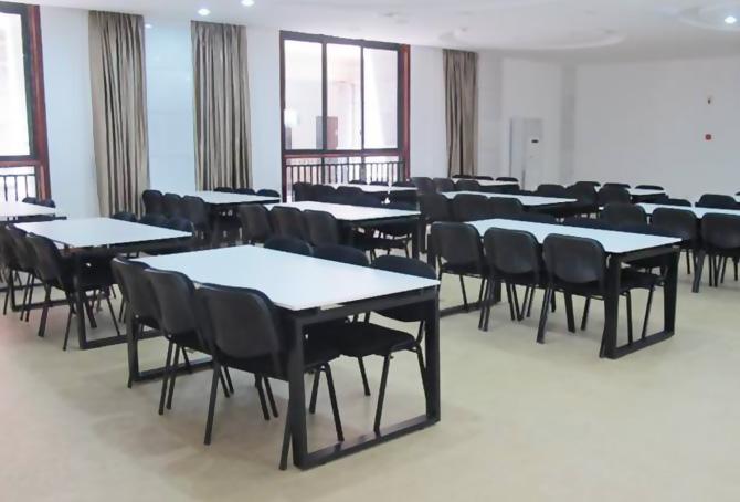 北京大学成都附属实验学校