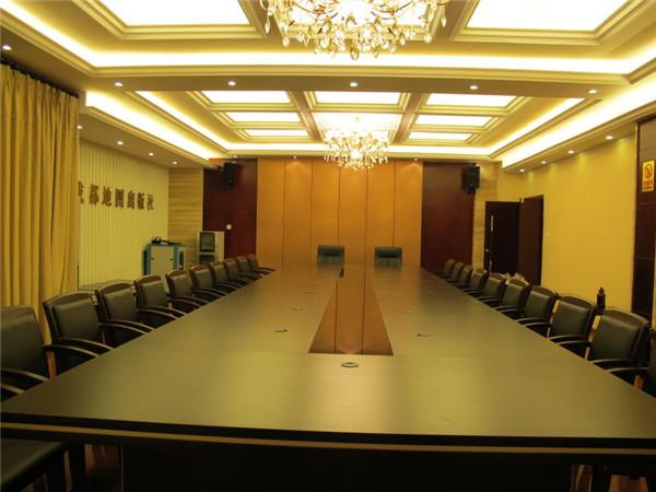 成都地图出版社会议室办公家具——壹品欧迪工程案例