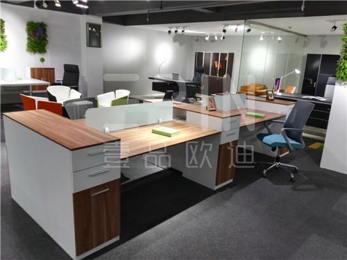 成都办公家具整体配套定制生产轻松解决办公家具搭配问题