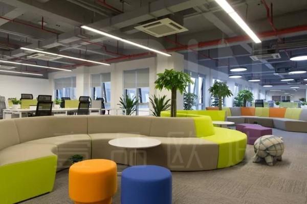 定制沙发,让你的办公空间与众不同