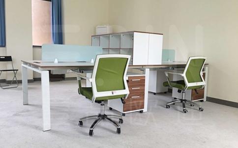 定制时尚办公家具怎样?如何选择生产厂家?