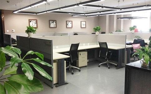 成都时尚办公家具要如何搭配?