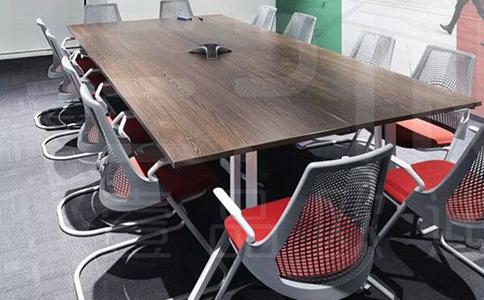 成都现代板式办公会议桌采购价格是多少钱?