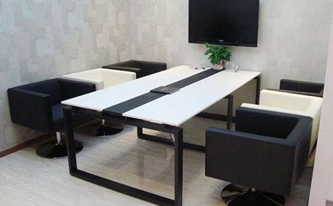 成都企业办公家具定制要注重什么问题?