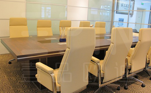 企业定制办公家具厂家哪个好?